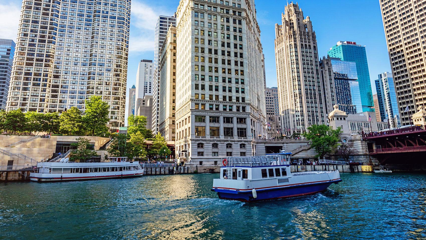 Chicago Riverwalk Hotels | Kimpton Hotel Monaco Chicago on