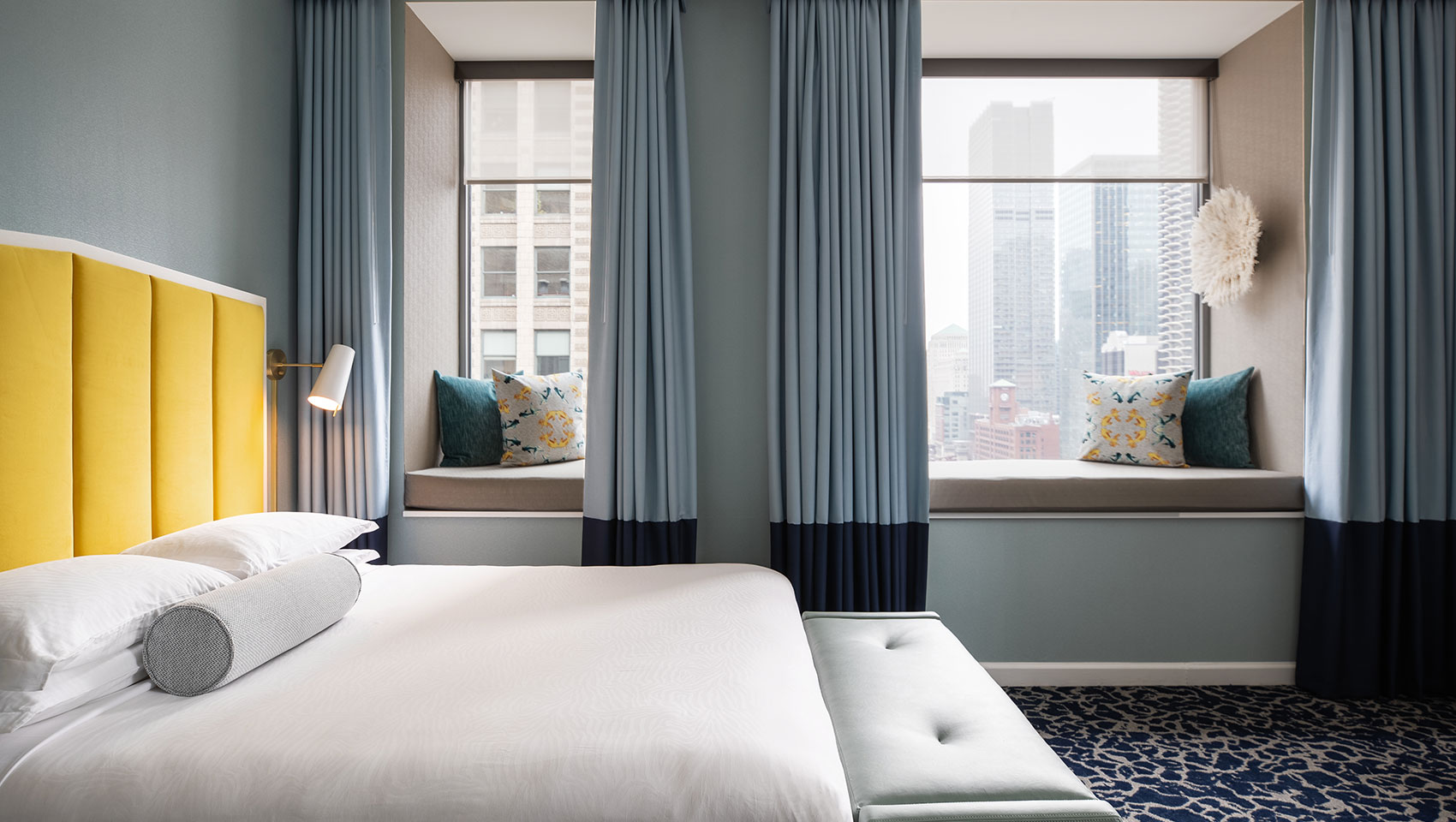 Downtown Boutique Chicago Hotels | Kimpton Hotel Monaco Chicago